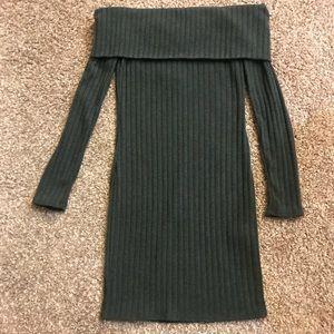 Dresses & Skirts - Green off the shoulder dress